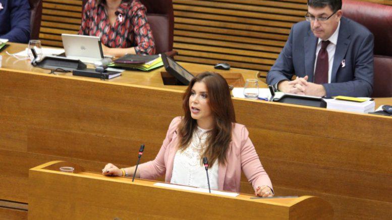 """Mari Carmen Sanchez a Puig""""Hay un proceso de adoctrinamiento nacionalista en los centros escolares y eso es muy peligroso"""""""