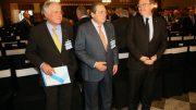 Acto organizado por la Asociación Valenciana de Empresarios (AVE) para examinar el estado de ejecución del tramo del Corredor Mediterráneo correspondiente a La Encina.