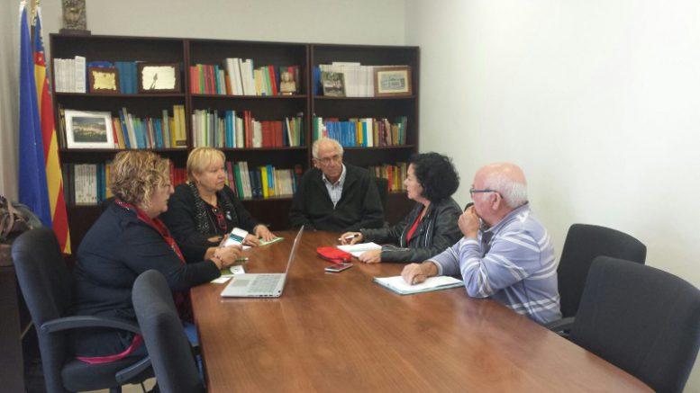 EUPV pide diálogo con los afectados de la Xylella del Valle de Guadalest