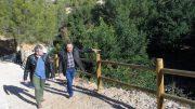 El diputado de Medio Ambiente, Josep Bort y el alcalde de Benissoda, José Miguel Lluch
