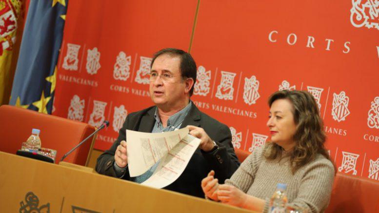 """Córdoba: """"El colapso de los hospitales es culpa de la mala gestión y de la nefasta previsión de Montón"""""""