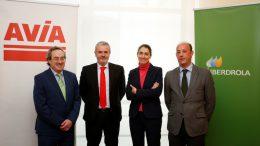 Acuerdo Iberdrola-AVIA para la instalación de puntos de recarga rápida en Estaciones de Servicio