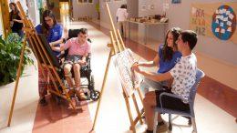 """La Obra Social """"la Caixa"""" invierte más de 400.000 euros en 21 proyectos de atención al envejecimiento, a la discapacidad y a la salud mental en la CV"""