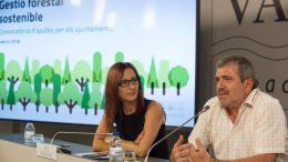 la vicepresidenta de la Diputació, Maria Josep Amigó, y el diputado de Medio Ambiente, Josep Bort