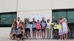 Un grupo de deportistas recorre la distancia de París a Valencia para recaudar fondos para la investigación contra el cáncer infantil
