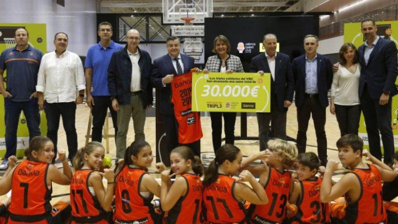 Valencia Basket y Bankia renuevan por 5ª temporada consecutiva el programa social 'Més que un triple'