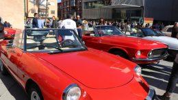 Los coches clásicos, protagonistas del fin de semana de Torrent