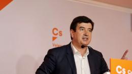 Giner en Feceval el cheque escolar que Ciudadanos de Valencia llevará entre sus propuestas programáticas para 2019