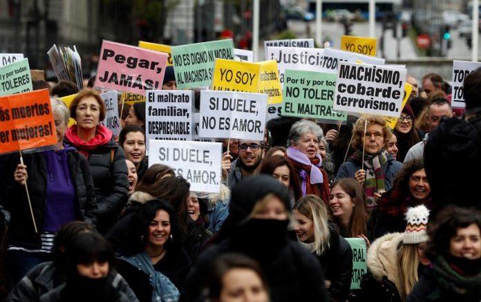 Miles de personas salen a las calles de toda España para exigir el fin de la violencia machista