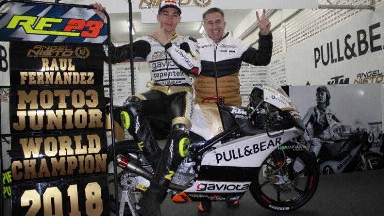 Raúl Fernández y Aspar. Campeón del mundo