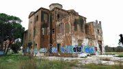 Urge rehabilitar el Casino del Americano de Benicalap, propiedad municipal en ruinas