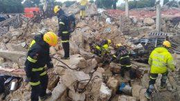 Los efectivos del Consorcio intervienen en la recreación del derrumbe en Algemesí de un barrio habitado con personas atrapadas y sepultadas bajo los escombros.