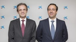 CaixaBank, 'Banco del Año 2018' , Jordi Gual, presidente de CaixaBank, y Gonzalo Gortázar, consejero delegado de CaixaBank