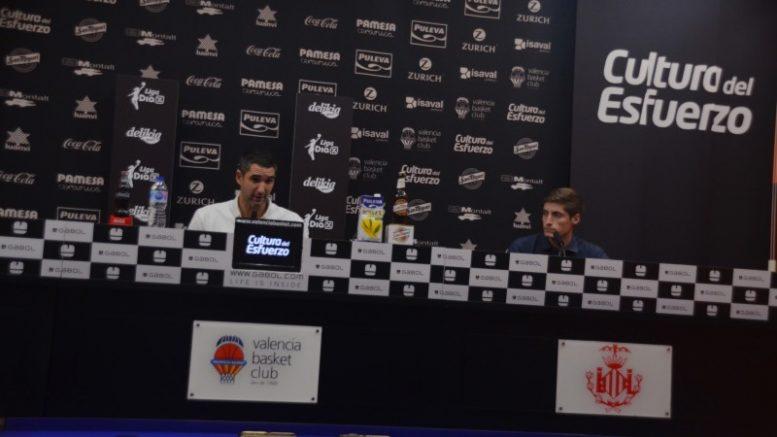 Rubén Burgos en la rueda de prensa