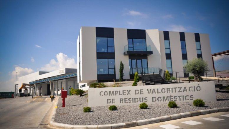Visitas guiadas a la planta de tratamiento de residuos de Guadassuar para los escolares de Alzira