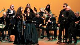El festival Arrels de Torrent llena el Auditorio en el concierto de clausura