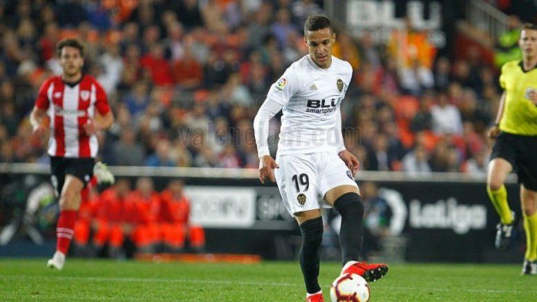 El Valencia CF recupera la senda de la victoria ante el Athletic Club (2-0)