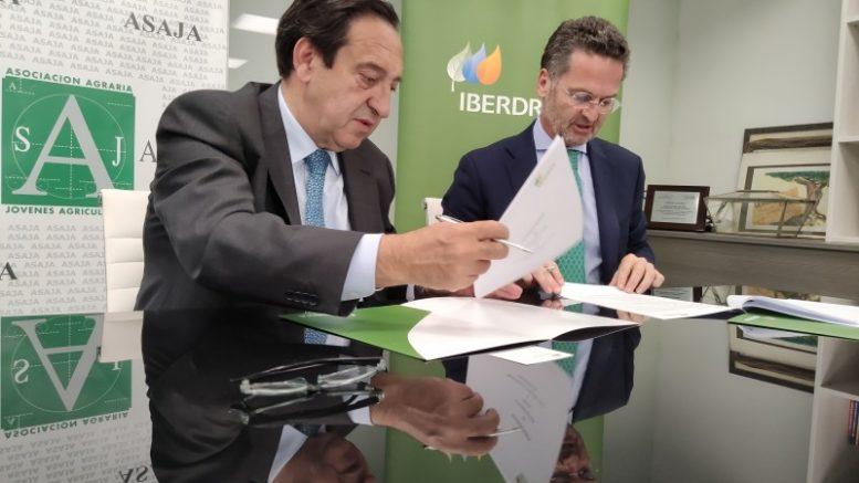 Iberdrola y ASAJA acuerdan ofrecer soluciones energéticaspersonalizadas a agricultores y ganaderos