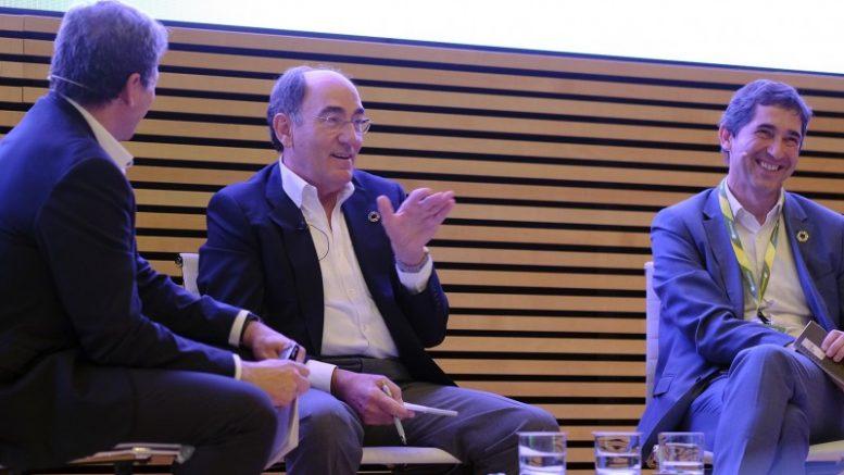Ignacio Galán se reúne con más de 300 empleados de Iberdrola