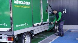 Mercadona refuerza su compromiso con el transporte sostenible en sus envíos online